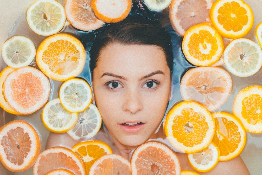 what does vitamin c serum do for your face